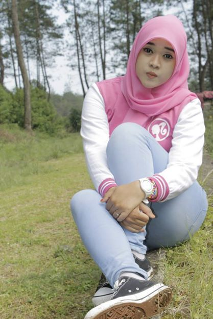 yessy ecii jilbab merangsang (10)