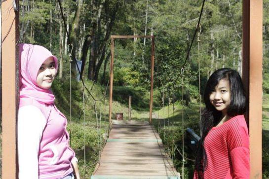 yessy ecii jilbab merangsang (12)