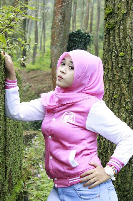yessy ecii jilbab merangsang (6)