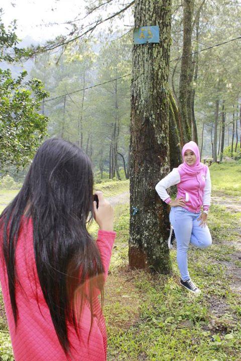 yessy ecii jilbab montok (14)