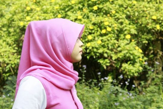 yessy ecii jilbab montok (9)