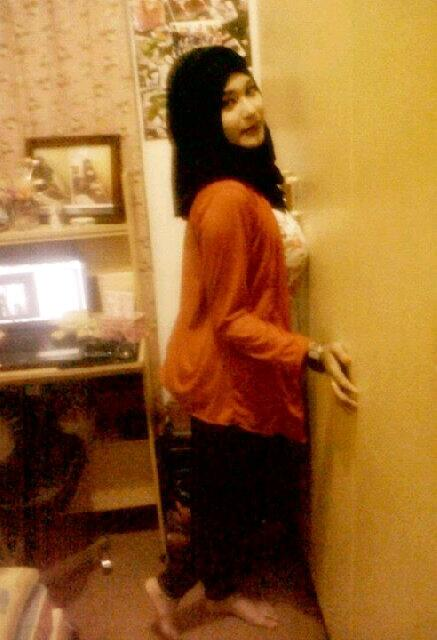 gladys jilbab horny (10)