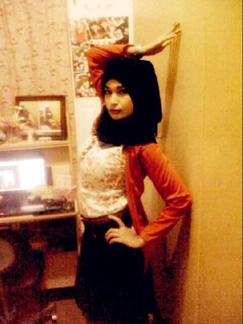 gladys jilbab horny (11)
