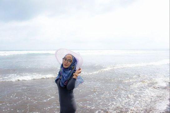 ANNISA ISLAMIYAH (11)